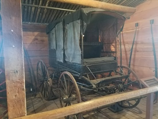 Deer Lodge, MT: Wagon in one of the barns.