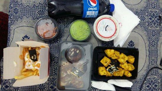 Cafe Kebab-E-Desserts : Amazing food delivered at your doorstep