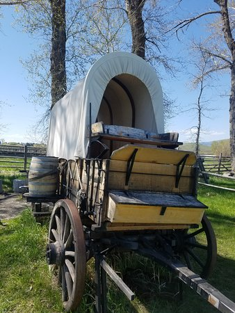 Deer Lodge, MT: Chuck Wagon.