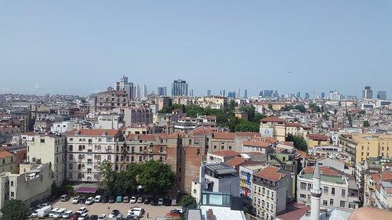 Galata Tower: вид с площадки на Галатской Башне