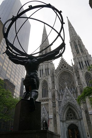 St. Patrick's Cathedral: St. Patrick's Church from Rockefeller Centre