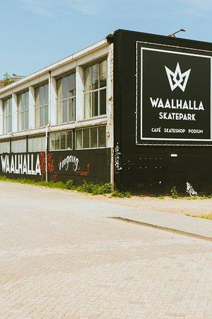 Waalhalla Centrum - Skatepark & Events: ingang