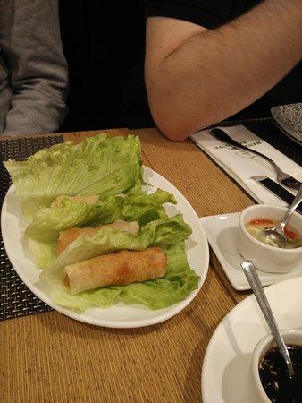 El Chef Aiguo Ni: Nems de pollo