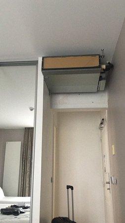 Hotel Devillas: Air condition which does not work/ Неработающий кондиционер