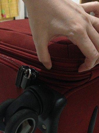 Batik Air: Ripped baggage