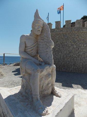 Icaros & Daedalus Statues: Ikarus