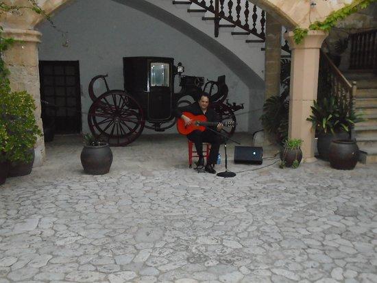 Bunyola, Spain: entrance to venue