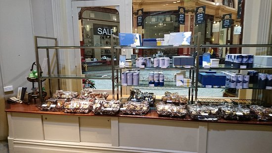 Haigh's Chocolates Block Arcade: 黑氏巧克力產品