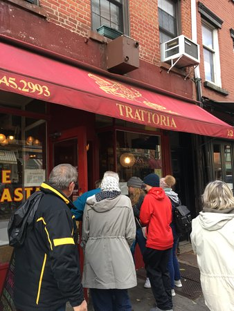 Foods of New York Tours: Trattoria