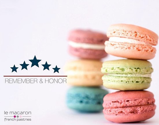 Le Macaron French Pastries Avenues Mall: Memorial Day