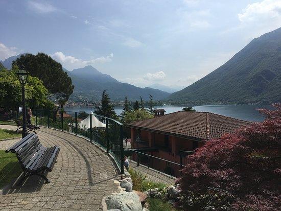 Cima, Italy: Aussenanlage des Hotels
