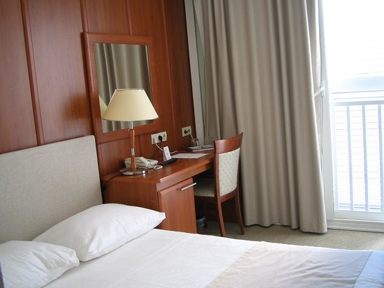 Marko Polo Hotel: Room 213 Standard double with sea view