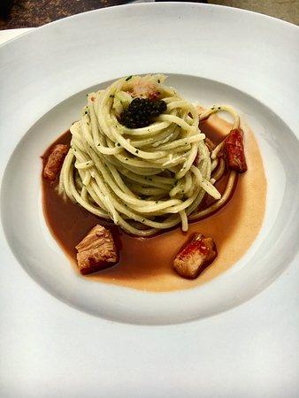 Borgo Nuovo Restaurant & Lounge: Spaghetti con caviale e granchio