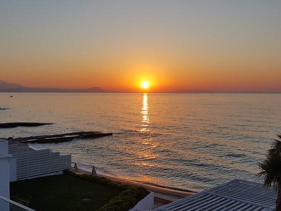 White Palace Luxury Resort: coucher de soleil depuis le restaurant principal