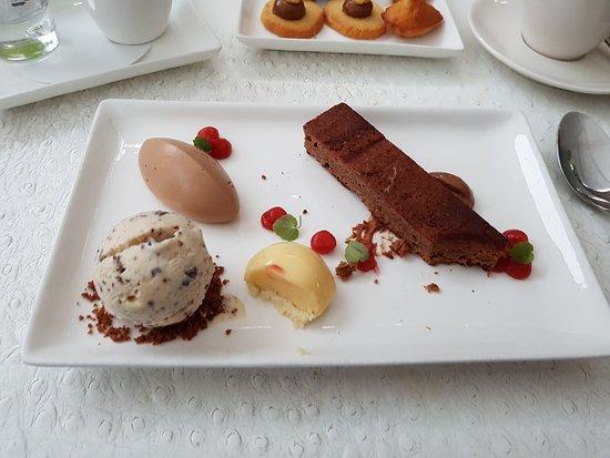 Aartselaar, Bélgica: dessert
