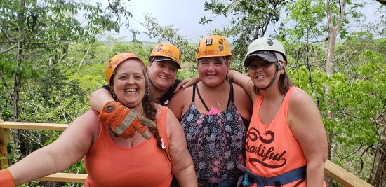 Cave Tubing and Zipline from Belize City: Thanks for taking the picture Victor!!!