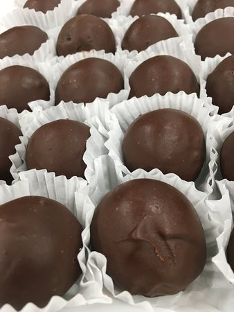The Coffee Box: Chocolate cake bombs