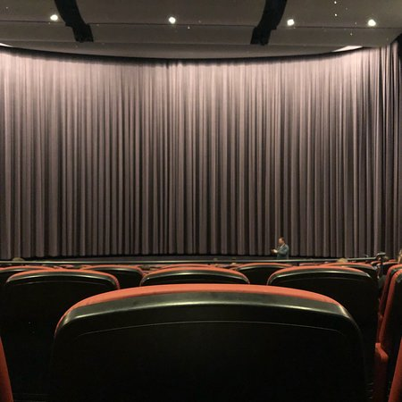 Cinerama: Treats