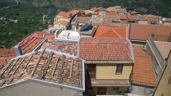 Duomo di Castroreale: panorama del paese