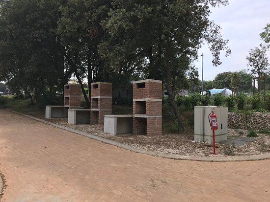Mobile Homes Vestar: öffentliche Grillplätze