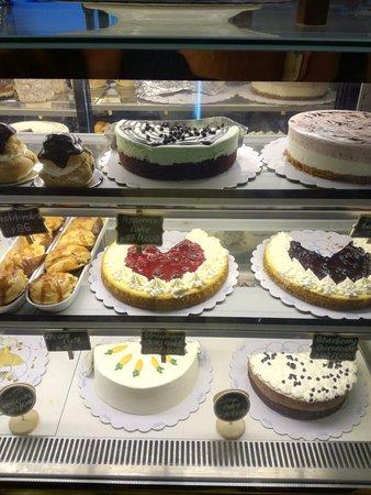 Ann Co Cakes Image