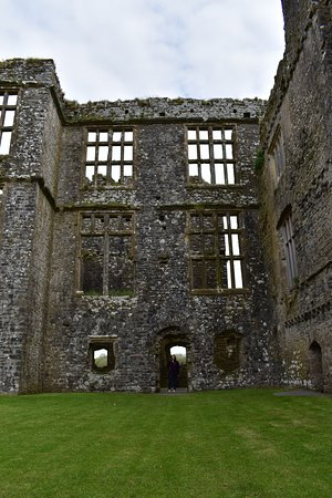 Circuit de la côte aux châteaux: Carew Castle