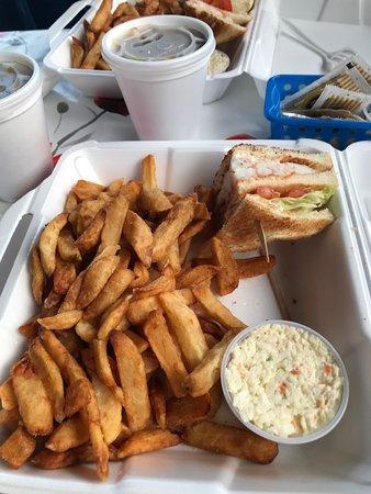 Casse Croûte O'Migoua: club sandwich au homard