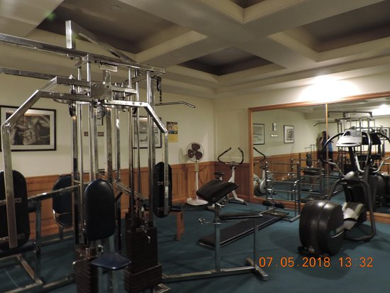 White Meadows - Manali: Gym