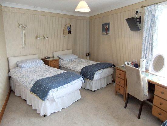 Harmony Country Lodge: Ground floor Triple (Radiance)