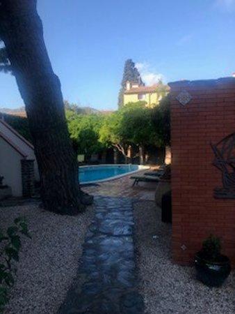 Hotel la Casa Pairal: Swimming pool