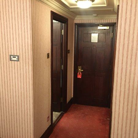 Britannia International Hotel Photo