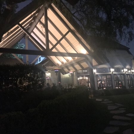 Summit House Restaurant Photo