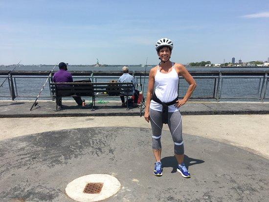 布鲁克林邻里小团体自行车之旅张图片
