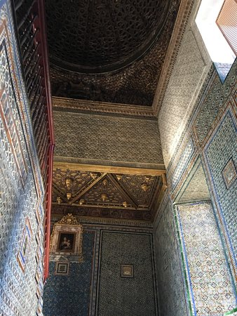 Casa de Pilatos: Tiles, ceilings, walls - decorations everywhere