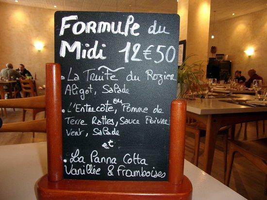Le Rozier, France: menu avec truite aligot salade