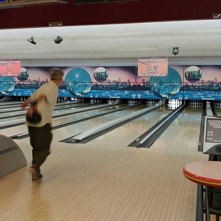 Royal Crest Lanes
