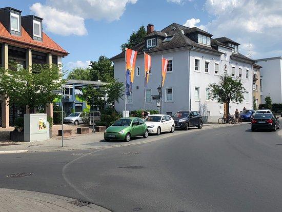 Burg Vilbel - Eingang von der Straße aus
