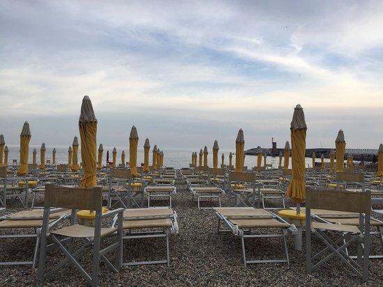 Bagni Marina Ristorante: Vista dai tavoli esterni
