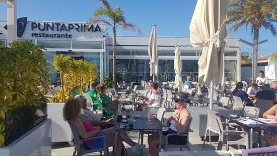 Restaurante Punta Prima: The outdoor seating area