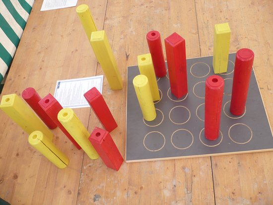 Espace Ludopia: jeux en bois