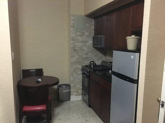 Radio City Apartments: Mini cocina en la habitacion