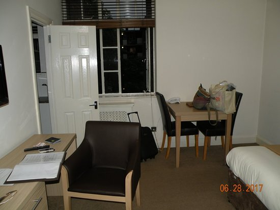 Endsleigh Court: Good space