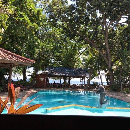 บาหลีโลวินาบีช คอทเทจส์: Bali Lovina Beach Cottages