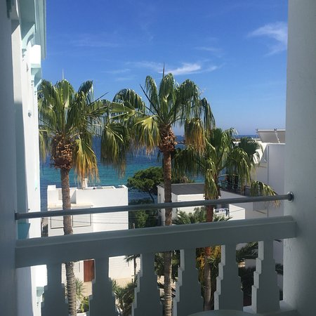 Hotel MiM Ibiza Es Vivé: Beautiful and Tranquil Grounds of Hotel MiM