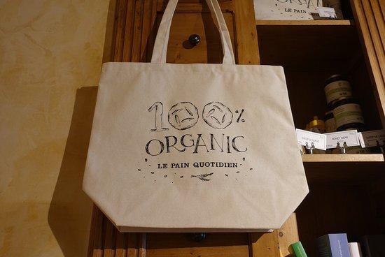 Le Pain Quotidien: 餐廳賣的袋子