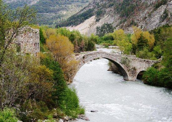Thorame-Haute, Frankrike: Pont d'Ondres sur la haute Durance