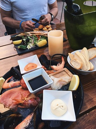 The Olive Tree Mallorca: seafood platter and seabas