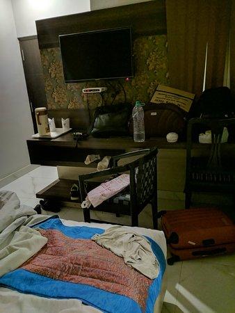 OYO Flagship 29055 Megha Inn Charbagh ภาพถ่าย