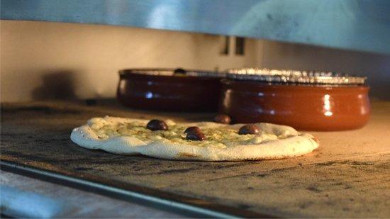 Figa's - Restaurante, Pizzeria e Take away: As melhores pizzas da cidade! Feitas com os ingredientes mais frescos e saborosos
