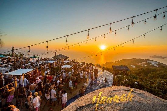 Hannah Sun Club